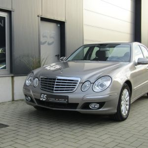 Exclusive Car Concept Mercedes Benz E280 V6 Benzine 1